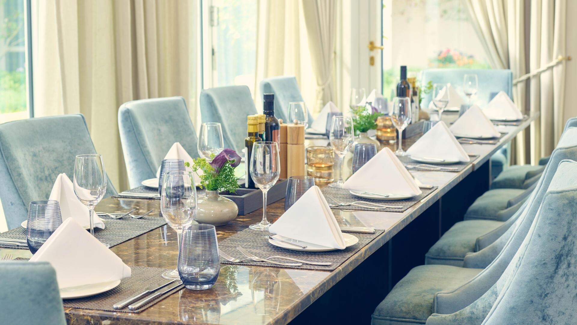 Restaurant OLIVA mediterran