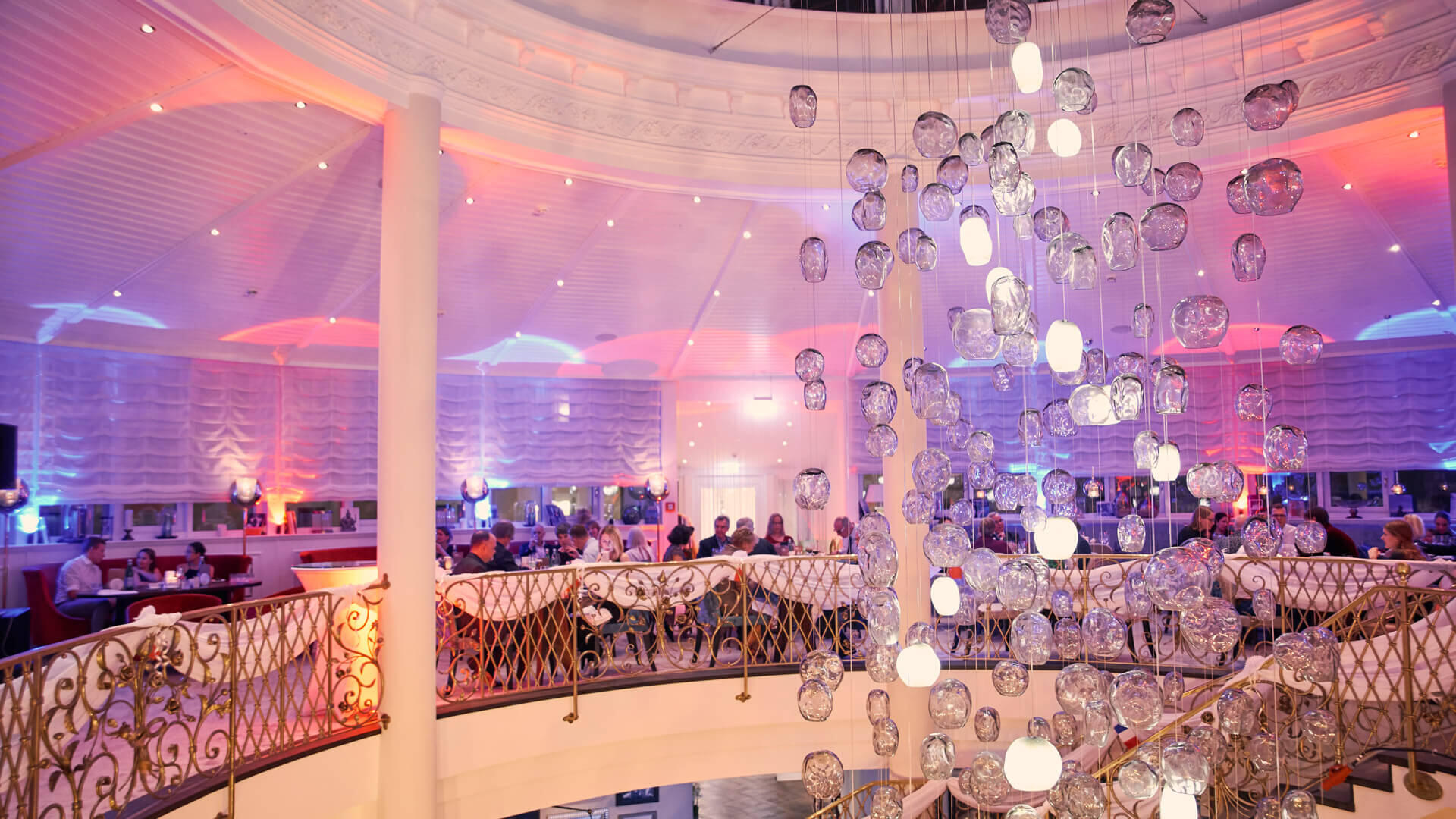 Silvesterfeier in der 360° Bar im  Hotel VILA VITA Rosenpark